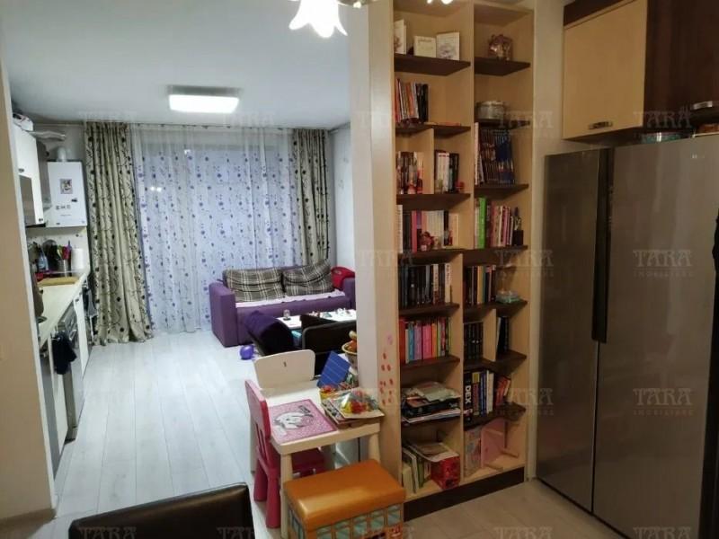 Apartament Cu 3 Camere Floresti ID V1123008 3