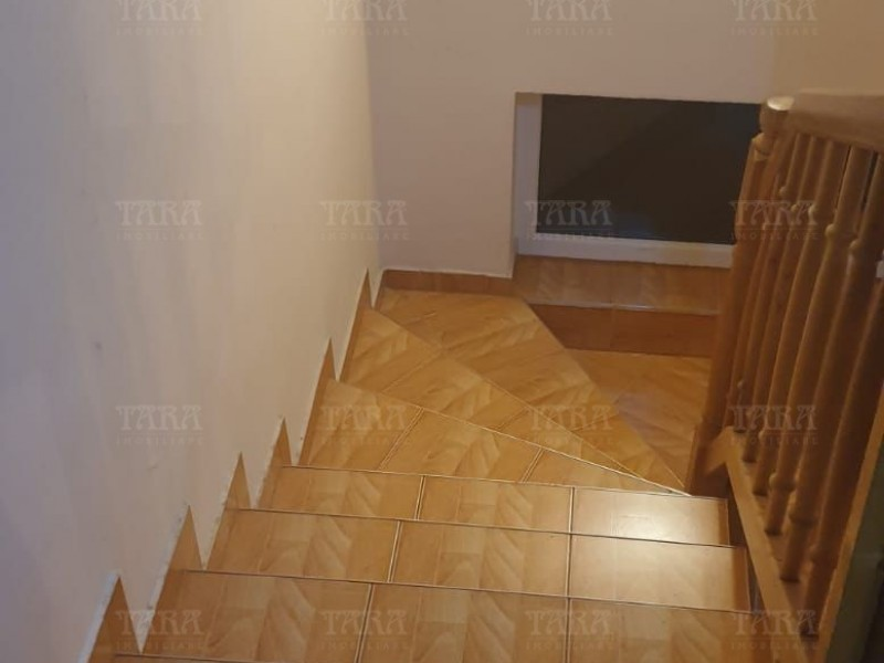 Casa Cu 5 Camere Andrei Muresanu ID V755146 4