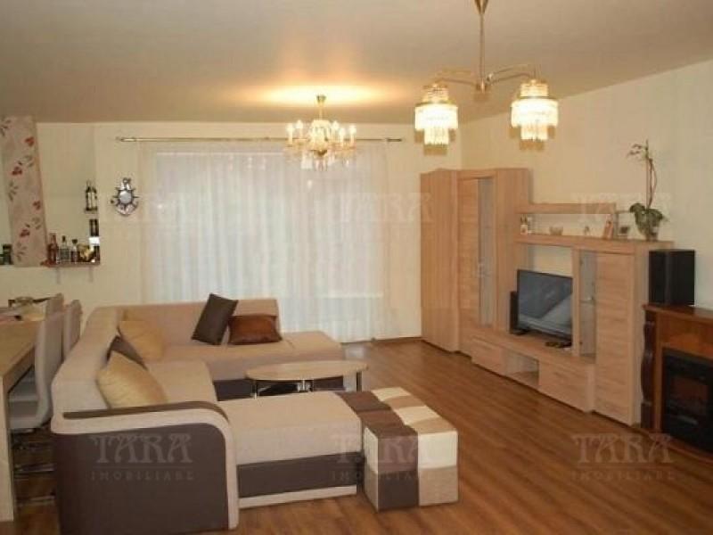 Apartament 3 camere, Floresti