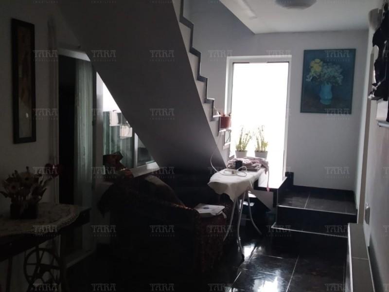 Casa Cu 5 Camere Dambul Rotund ID V257540 9