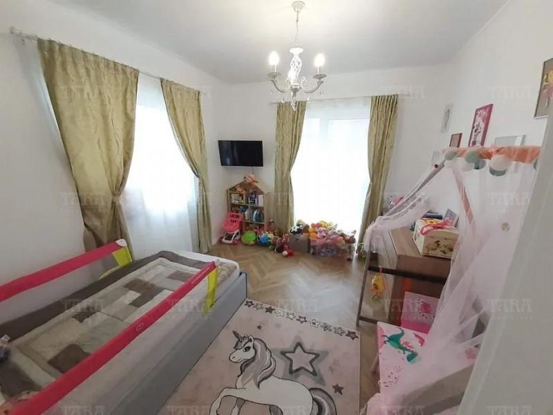 Casa Cu 4 Camere Europa ID V1159460 3