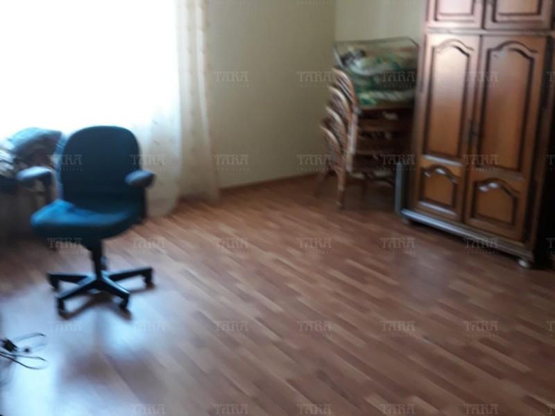 Casa Cu 4 Camere Dambul Rotund ID V563058 3