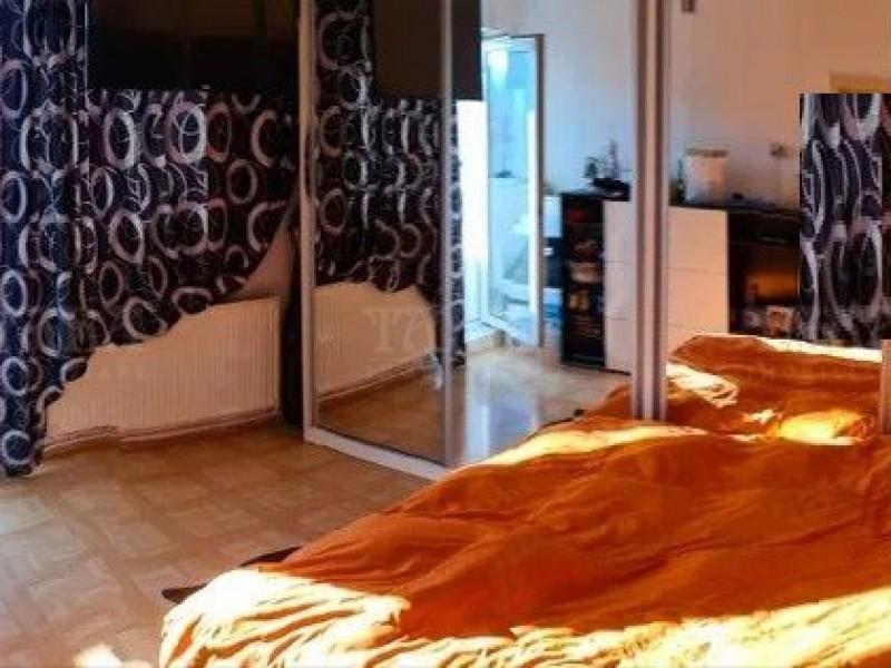 Apartament Cu 3 Camere Plopilor ID V1091208 4