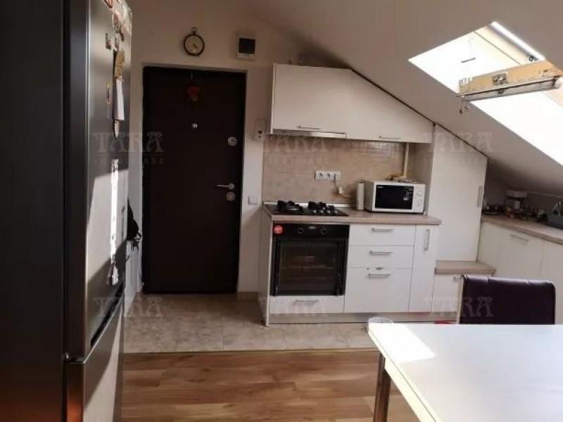Apartament Cu 3 Camere Floresti ID V690868 2