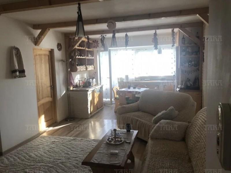 Apartament Cu 3 Camere Baciu ID V855809 1