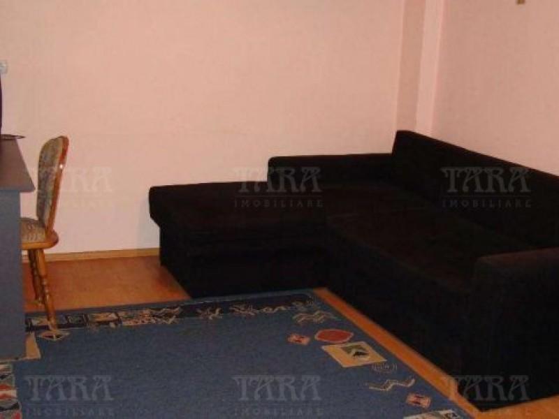 Apartament Cu 6 Camere Gruia ID V224067 4