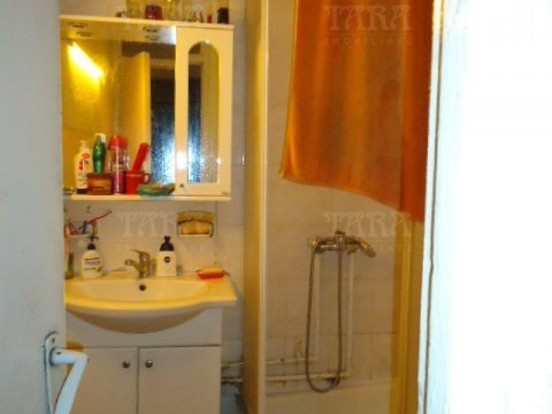 Apartament Cu 4 Camere Dambul Rotund ID V972864 6