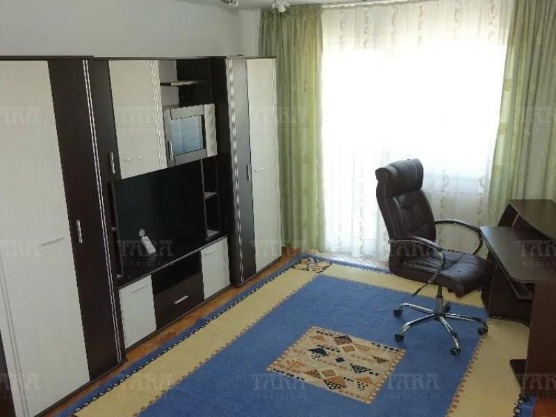 Apartament Cu 3 Camere Semicentral ID V1148114 3