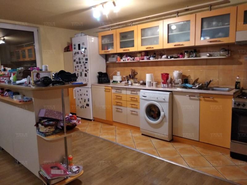 Apartament cu 4 camere, Gruia