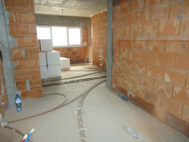 Apartament Cu 3 Camere Floresti ID V564125 4