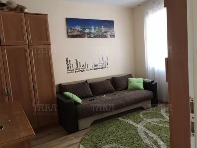 Apartament Cu 3 Camere Floresti ID V802307 3
