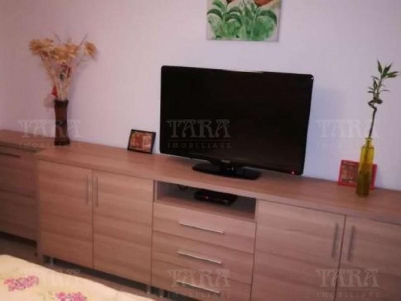 Apartament Cu 3 Camere Floresti ID V476373 3
