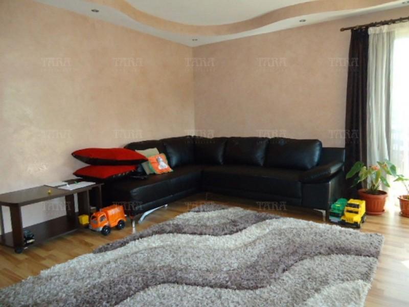 Apartament Cu 3 Camere Floresti ID V291207 2