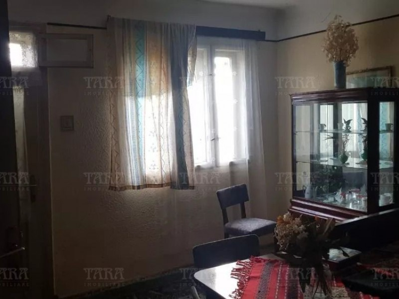 Casa cu 3 camere, Apahida
