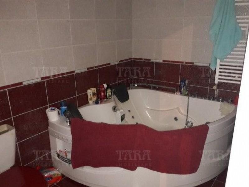 Apartament Cu 3 Camere Floresti ID V503063 3