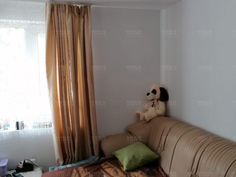 Casa Cu 3 Camere Vistea ID V1052275 6